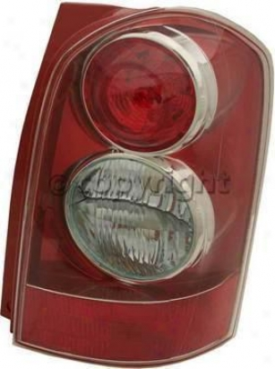 2004-2006 Mazda Mpv Tail Illumine Replacement Mazda End Light M730156 04 05 06