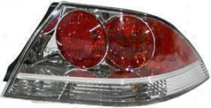 2004-2006 Mitsubishi Lancer Tail Light Replacement Mitsubishi Tail Light M730141 04 05 06