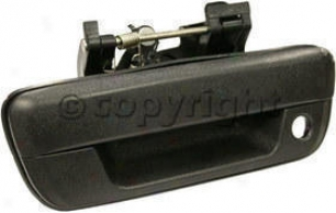 2004 Chevrolet Colorado Tailgate Deal with Replacement Chevrolet Tailgate Handle C580713 04