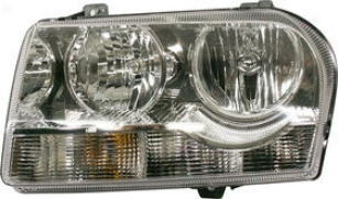 2005-2006 Chrysler 300 Headlight Re-establishment Chrysler Headlight C100148q 05 06