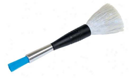 Carrand 2 In 1 Electrostatic Detaii Brush