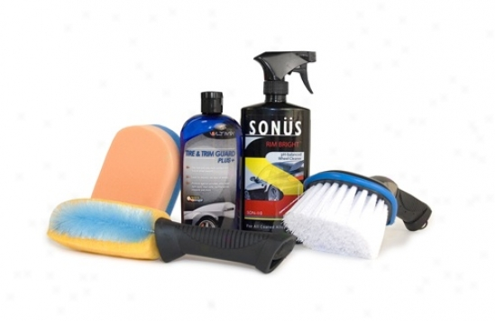 Ultima Tire, Trim & Wheel Wash & Sustain Outfit