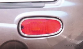 01-04 Hyundai Santa Fe Putco Bumper Light Cover 408109