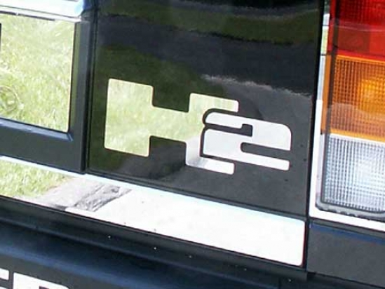"""""""03-09 Hummer H2 Quality Rear Deck """"""""h2"""""""" Emblem Hv43020"""""""