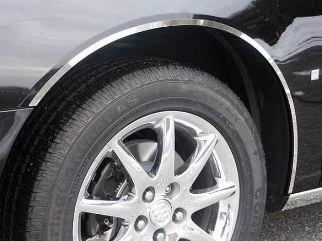 06-10 Buick Lucerne Quality Fender Trim Wq46551