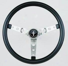 Universal Universal Graant Steering Wheel 968