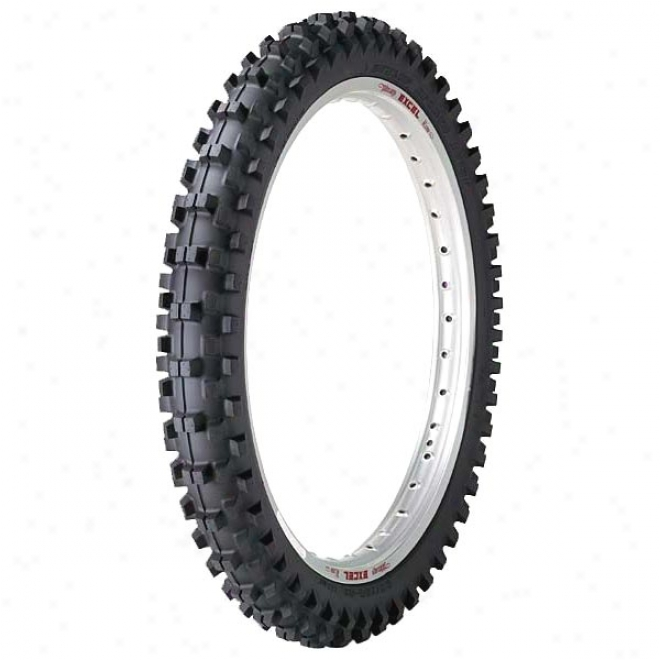 D773 Soft eTrrain Front Tire