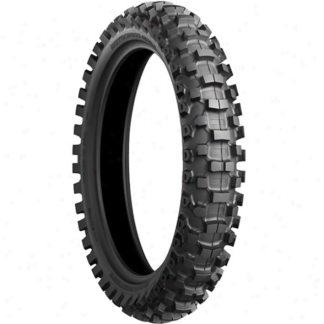 M204 Soft-intermediate Rear Tire