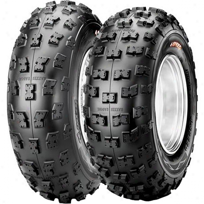 M926 Razr 4-speed Radial Rear Tire