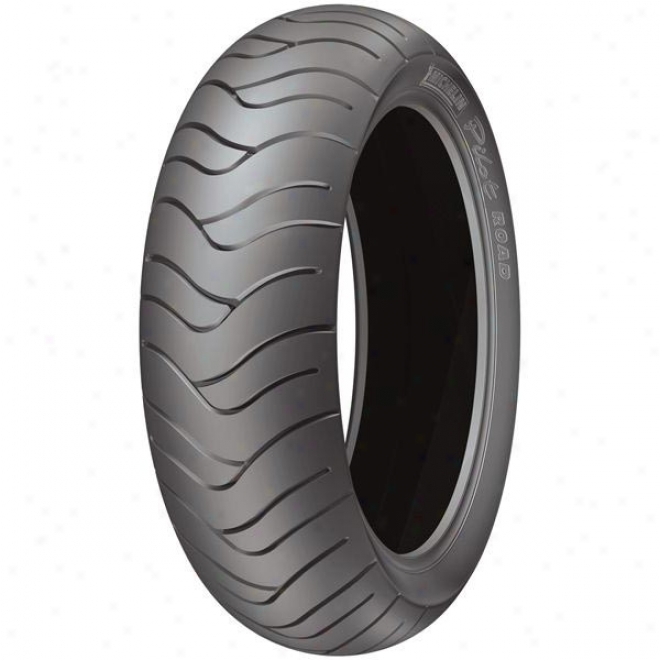 Pilot Road Rear Tire