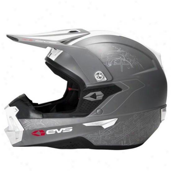 Takt 985 Helmet
