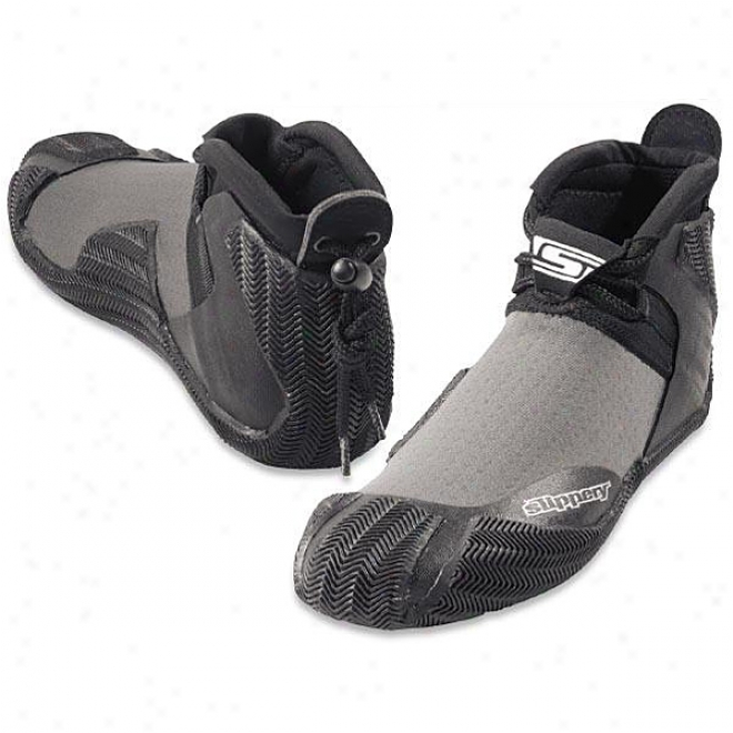 Youth Siphon Shoes